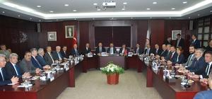 """TOBB Başkanı Hisarcıklıoğlu, GTO yönetimine """"hayırlı olsun"""" ziyaretinde bulundu"""
