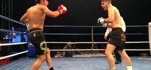 Kick Boks'un yıldızları Sultanbeyli'de ringe çıktı