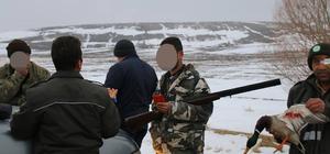Aksaray'da kaçak avcılar suçüstü yakalandı