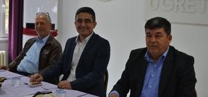 AK Parti yönetimi muhtarlarla buluştu