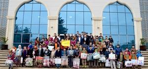 Öğrencilerden Türkmenlere battaniye