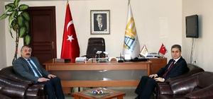 Kaymakam Yazıcı'dan Başkan Karakullukçu'ya nezaket ziyareti