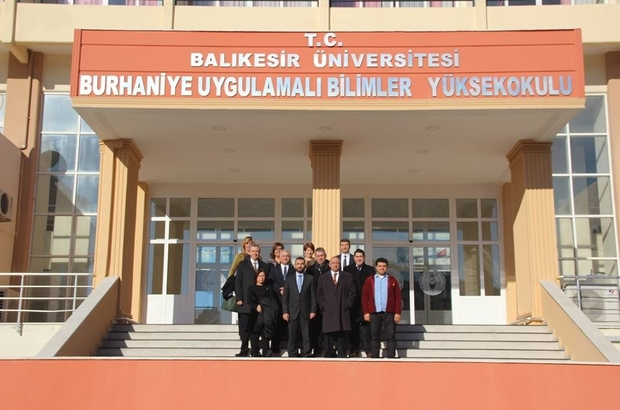 Burhaniye' de banka müdürlerinin üniversite işbirliği