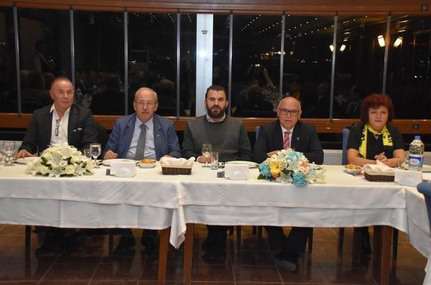 Başkan Eşkinat, Tekirdağsporlu futbolcular ve yeni yönetim kurulu ile bir araya geldi