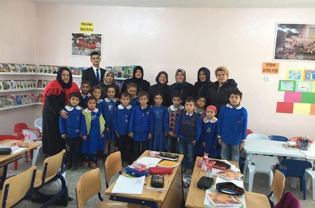 AK kadınlar köy okullarını ziyaret etti