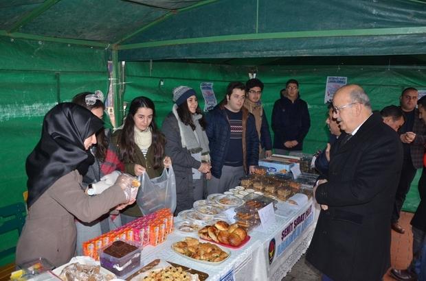 Öğrencilerden Mehmetçik için kermes