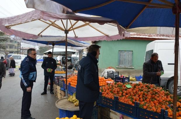 Sivrihisar Belediye zabıta ekiplerinden pazar denetimi