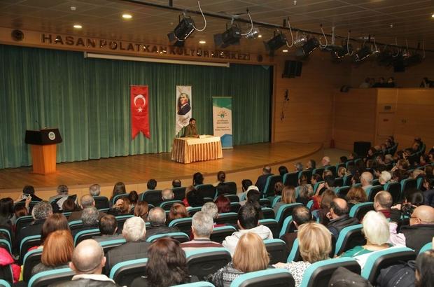 """Odunpazarı'ndan """"Türkiye'yi neler bekliyor"""" söyleşisi"""