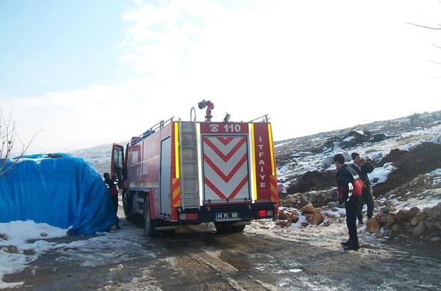 Su kesintilerinin yaşandığı mahallelere itfaiye araçlarıyla su taşındı