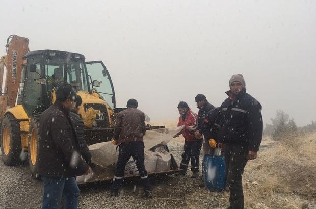 Salihli Belediyesi karla mücadele ediyor
