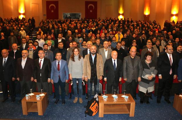 """Erzurum'da """"15 Temmuz Süreci ve Darbenin Kayıp Saatleri"""" konferansı"""