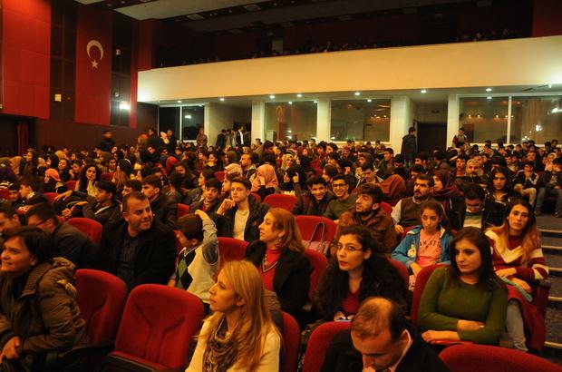 Sivas Devlet Türk Halk Müziği Korosundan Mardin'de konser