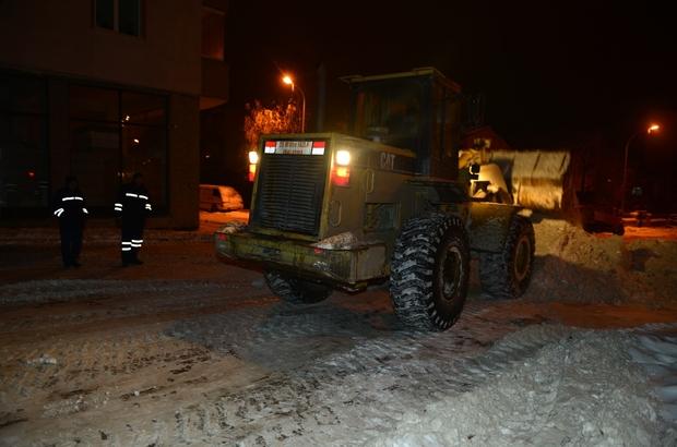 Yakutiye'nin kar çalışması devam ediyor