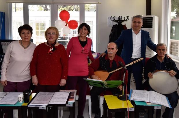 Başkan Uysal, Yaşlı Evi'nde yeni yıl kutlamasına katıldı