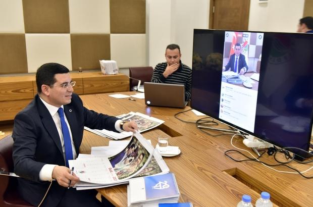 Kepez Belediyesi, takvimleri canlı yayında imzalandı