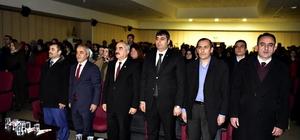 Tosya'da Öğrenciler tarafından 15 Temmuz Şiiri Dinletisi Programı düzenlendi