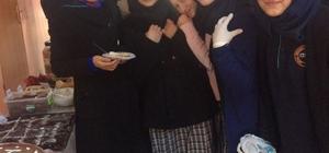 Gevaş İmam Hatip Lisesinden Halep için kermes