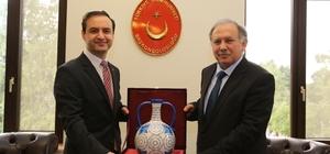 Artvin Valisi Doğanay, Batum'da ziyaretlerde bulundu