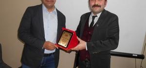 """Anadolu Kültür ve Dayanışma Derneği'nde """"Kıpçak Türkleri"""" konferansı"""