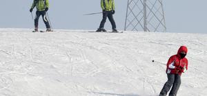 Küpkıran Kayak Merkezi'nde hafta sonu yoğunluğu
