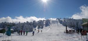 Salda Kayak Merkezi'nde kayak sezonu açıldı