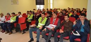 Besni'de masa başı deprem tatbikatı gerçekleştirildi