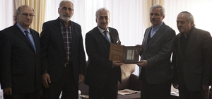 Atatürk Üniversitesi'nde, 80 Yıl Sonra Mehmet Akif Konferansı