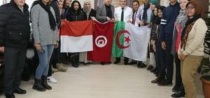 Başkan Gürlesin yabancı öğrencileri ağırladı