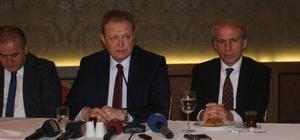 Trabzon Valisi Yücel Yavuz basınla öğle yemeğinde buluştu