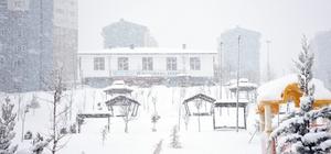 Kızılcahamam'da yoğun kar yağışı