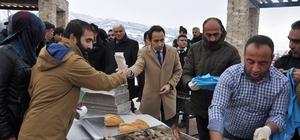 Munzur Üniversitesi'nde 'balık-ekmek' etkinliği