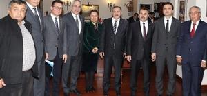 Antalya Milletvekilleri Bakan Veysel Eroğlu'yla görüştü
