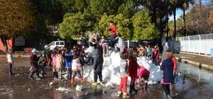 Fethiye'de belediye karı okul bahçesine taşıdı