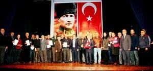 Rekortmen bağışçılara Kızılay'dan madalya