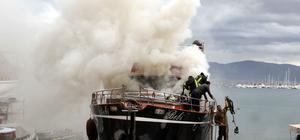 Muğla'da lüks yatta yangın