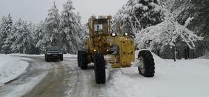 Aydın Büyükşehir karla mücadeleye devam ediyor