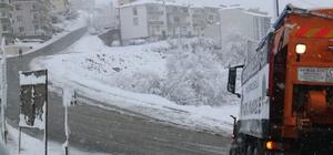 Serdivan Belediyesi kar mücadelesini sürdürüyor