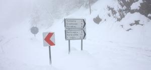 İnebolu'da 75 köy yolu ulaşıma kapandı
