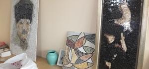 Burhaniye'de sanatsal mozaik dersi veriyorlar