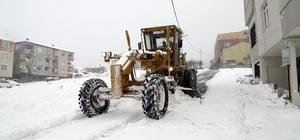 Sultanbeyli Belediyesi karla mücadele için tüm imkanlarını seferber etti