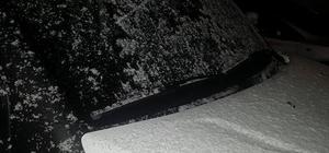 Kuşadası'nda kar yağışı etkili oluyor