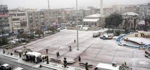 Aliağa'da kar yağışı devam ediyor