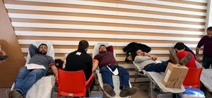 Harran Tıp Hastanesinde kan bağışı standı kuruldu