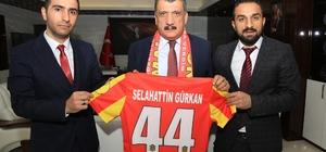 Soysal, Gürkan'ı birlik gecesine davet etti