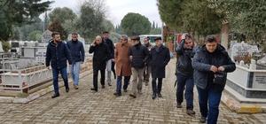 Merhum gazetecileri mezarları başında andı
