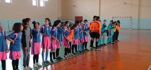 Kızıltepe de 'Kızlararası Futsal Turnuvası' düzenlendi
