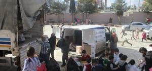 Haliliyeli öğrenciler oyuncaklarını Halepli çocuklara gönderdi