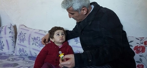 Hakkari'de engelli ailelerine 32 milyon lira yardım
