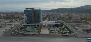 Tekkeköy Belediyesinin yeni binası göz kamaştırıyor