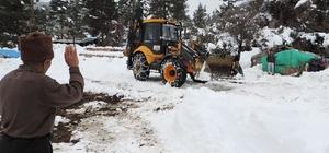 Büyükşehir Belediyesi Mahsur kalan çobanlar kurtardı